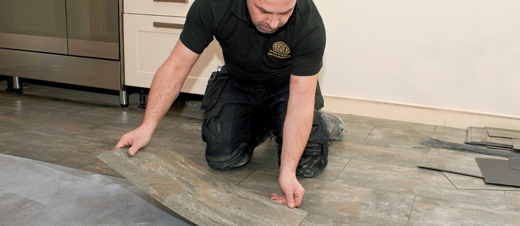 Floor adhesive for LVT